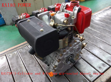 Trung Quốc 0.247L Displacement Air Cooled Diesel Engine With Recoil Start / Electric Satrt System nhà cung cấp